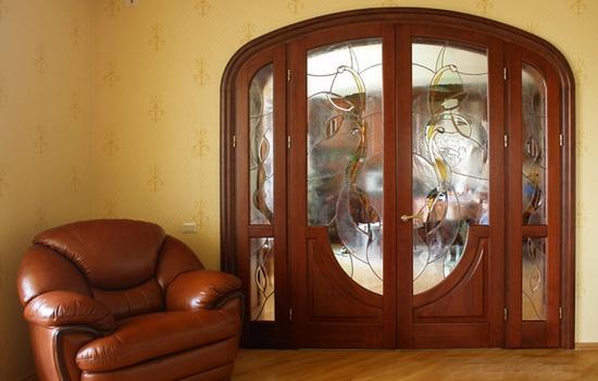 Arochnye-dveri