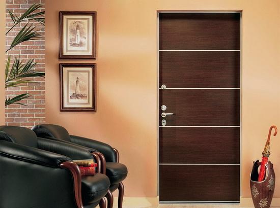 Osobennosti-konstruktsii-stalnyh-vhodnyh-dverej