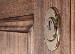 Основные задачи сувальдных дверных замков