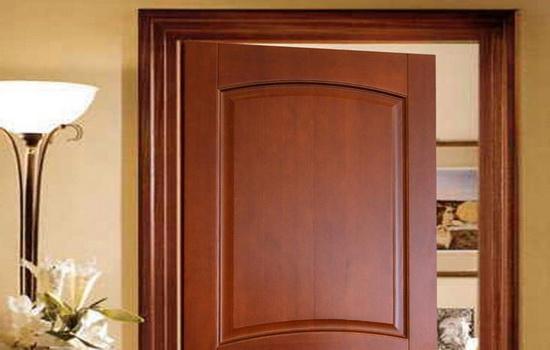 Межкомнатные двери из дерева: основные характеристики